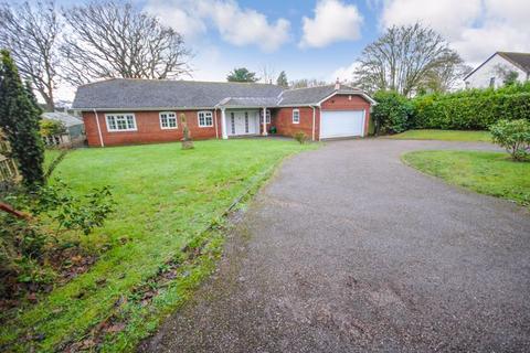 5 bedroom bungalow for sale - Castle Lane, Woodbury