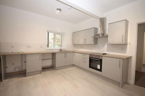 2 bedroom flat to rent - Fore Street
