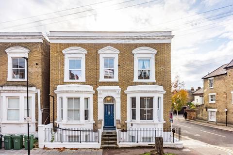 1 bedroom flat for sale - Hayter Road, SW2