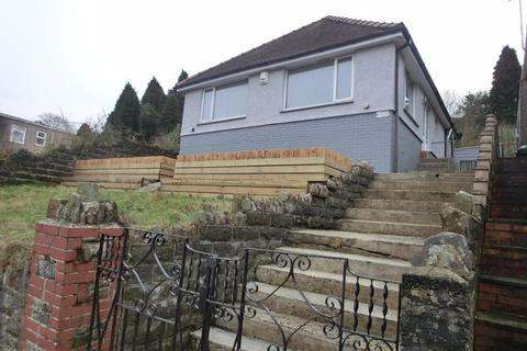 2 bedroom detached bungalow for sale - Swansea Road, Waunarlwydd. Swansea.