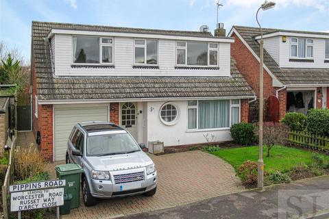 3 bedroom detached house for sale - Pippins Road, Burnham-On-Crouch