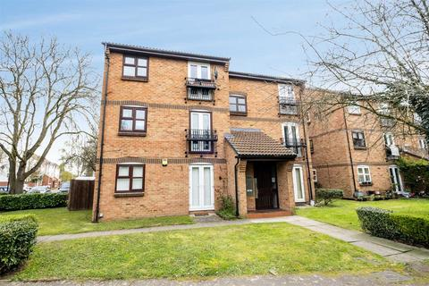 2 bedroom flat for sale - Merrivale Mews, Tavistock Road, Yiewsley