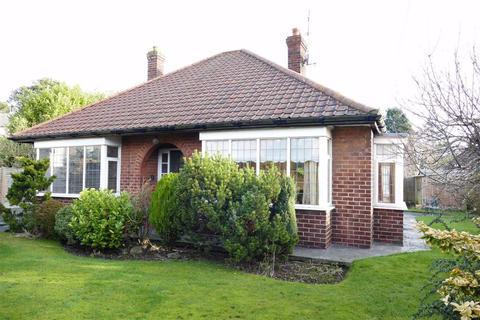3 bedroom detached bungalow for sale - Old Road, Holme On Spalding Moor