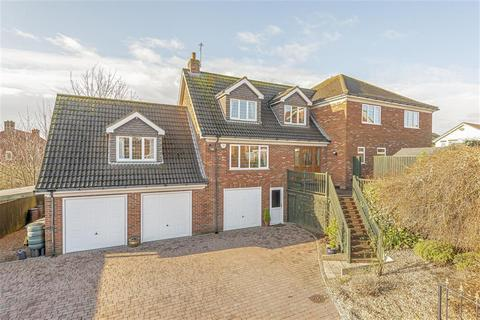 4 bedroom detached house for sale - Riverside Rise, Louth, LN11 0GN