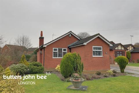 3 bedroom bungalow for sale - Poplar Close, Blythe Bridge, Staffordshire