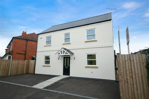 3 bedroom detached house to rent - Oakland Avenue, Cheltenham, Gloucestershire, GL52