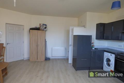 Studio to rent - Lincoln Road, Peterborough, Cambridgeshire. PE1 2FA
