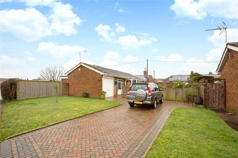 2 bedroom bungalow for sale - Suthmere Drive, Burbage, Marlborough, SN8