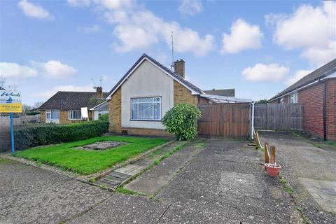 2 bedroom detached bungalow for sale - Marlowe Close, Whitstable, Kent