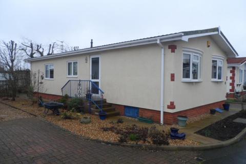 2 bedroom mobile home for sale - Willowgrove Homes Park, Poulton-Le-Fylde, FY6 0RB
