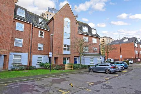 2 bedroom flat for sale - Willow Walk, London