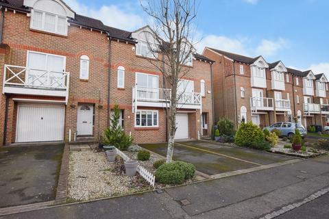 3 bedroom townhouse for sale - Bradbridge Green, Ashford