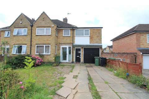 4 bedroom semi-detached house to rent - Silverton Road, Oadby, Leicester