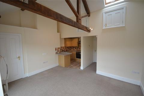 2 bedroom flat to rent - Nugget Building, 27-29 Gold Street, Tiverton, Devon, EX16