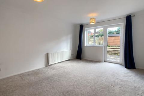 2 bedroom terraced house to rent - Chandlers Close, Wantage