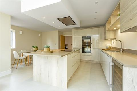 4 bedroom semi-detached house for sale - Whitehouse Gardens, 131 Old Bath Road, Cheltenham, Gloucestershire, GL53