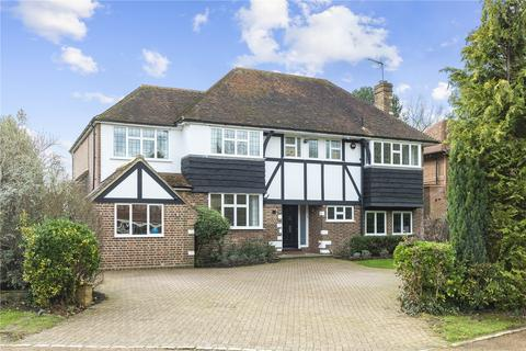 5 bedroom detached house for sale - Copsem Drive, Esher, Surrey, KT10