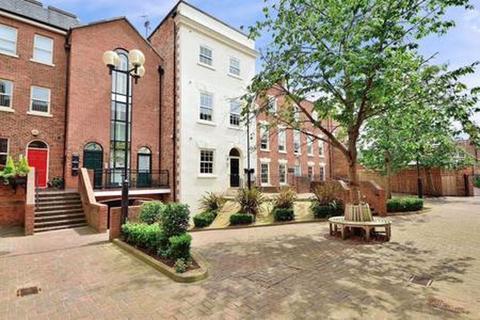 2 bedroom apartment for sale - Lower Bridge Street, Chester