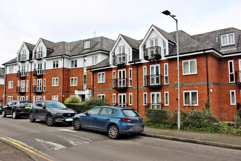 1 bedroom flat for sale - Park View Close, St. Albans