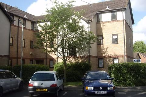 Studio to rent - Bullrush Grove , Uxbridge, UB8