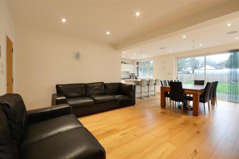 4 bedroom detached house for sale - Popes Lane, Ealing, London