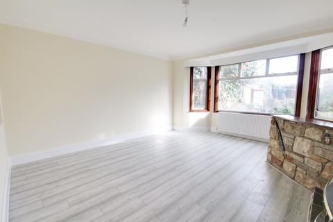 5 bedroom semi-detached house to rent - Hertford Road, Enfield