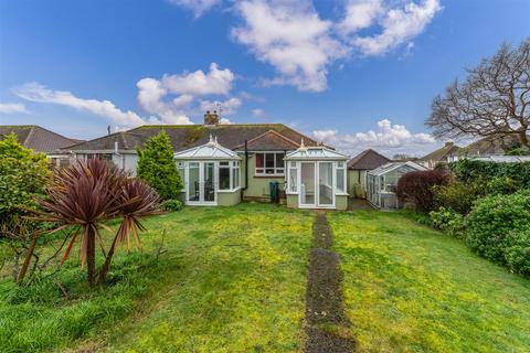 2 bedroom semi-detached bungalow for sale - Hayes Close, Portslade