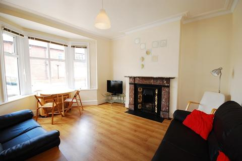 4 bedroom terraced house to rent - Kingswood Avenue, Jesmond