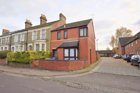 3 bedroom semi-detached house for sale - Bullingdon Road, OXFORD, OX4