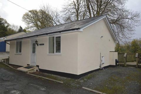 2 bedroom bungalow for sale - Plas Panteidal, Aberdyfi, Gwynedd, LL35