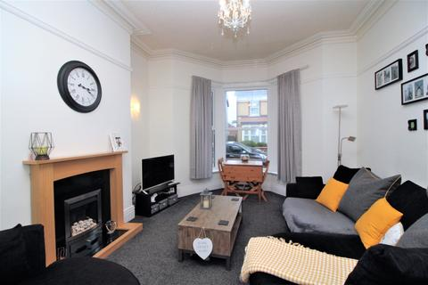 2 bedroom apartment for sale - Ground Floor Flat Springfield Road,  Lytham St. Annes, FY8