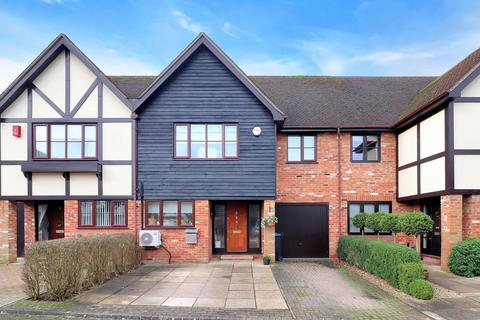 3 bedroom terraced house for sale - Hubert Day Close, Beaconsfield, HP9