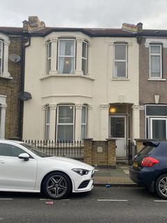 5 bedroom terraced house for sale - GROSVENOR ROAD, FOREST GATE E7