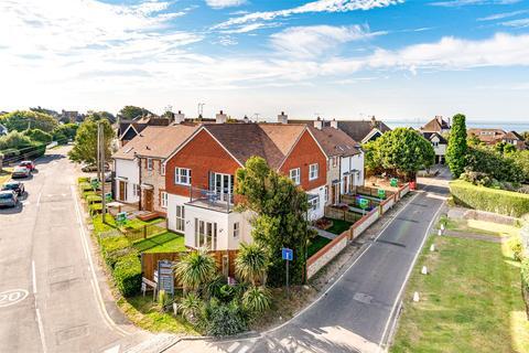 2 bedroom terraced house for sale - Sea Road, East Preston, Littlehampton, West Sussex, BN16