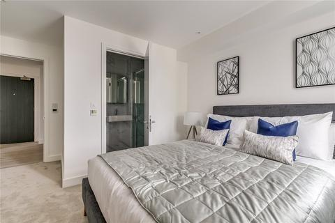 2 bedroom flat to rent - Sinclair Road, London