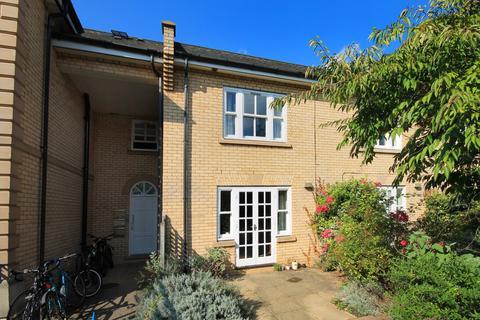 3 bedroom townhouse to rent - St Paul's Walk, Cambridge