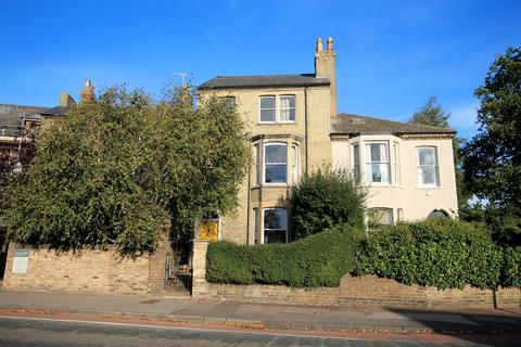1 bedroom apartment to rent - Chesterton Road, Cambridge