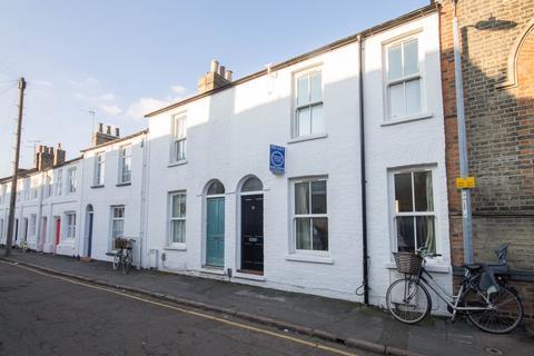 2 bedroom terraced house to rent - Grafton Street, Cambridge