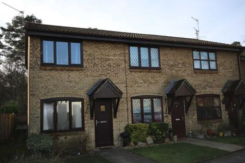 2 bedroom end of terrace house to rent - Habershon Drive, Camberley