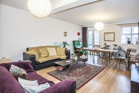 4 bedroom flat to rent - Somerford Grove, Dalston, N16