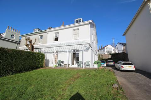 Studio to rent - Tor Church Road, Torquay, Devon
