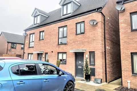 4 bedroom townhouse for sale - Haven Walk, Barry
