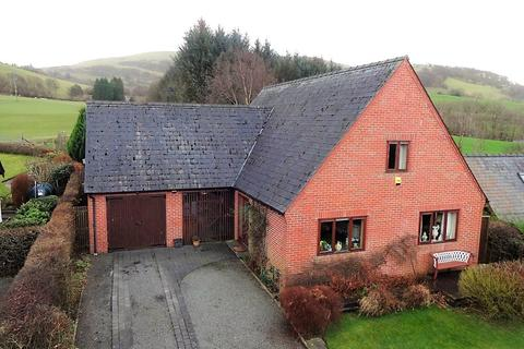 3 bedroom detached house for sale - Bont Dolgadfan, Powys, SY19