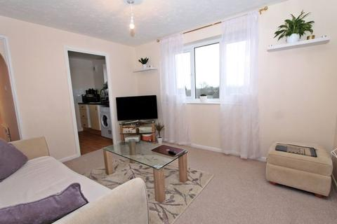 1 bedroom flat for sale - Burket Close, Southall