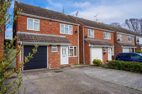 4 bedroom detached house to rent - The Willows, Chelmsford
