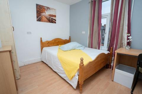 5 bedroom house share to rent - Mauldeth Road, Manchester