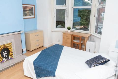 5 bedroom house share to rent - Derby Road, Manchester