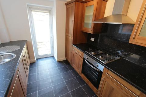 2 bedroom terraced house to rent - Croxteth Road, Bootle