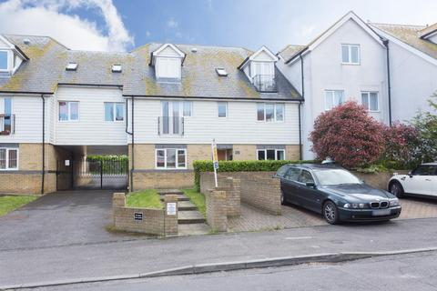 3 bedroom flat for sale - The Gates, Percy Avenue, Broadstairs