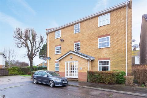 2 bedroom flat for sale - Finch Mews, Deal